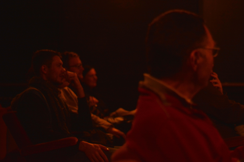 So, 22.11. - Alle warten gespannt auf die Verkündung des Gewinnerfilms des Shivers Shorts Awards